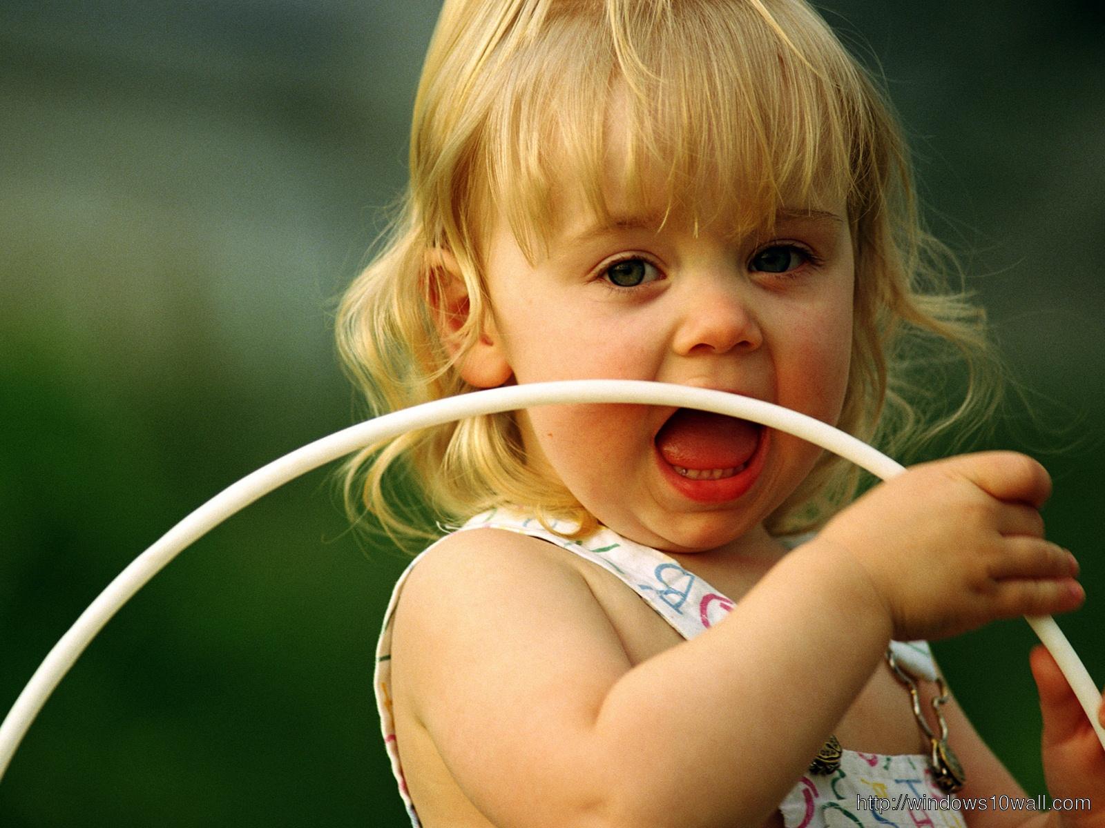 beautiful Cute baby Girl hd Wallpapers