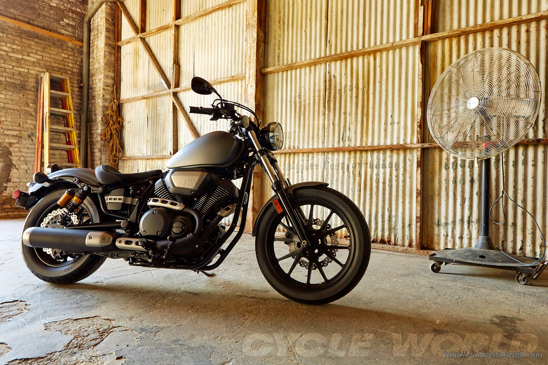 2014 Yamaha Star Bolt Grey free wallpaper
