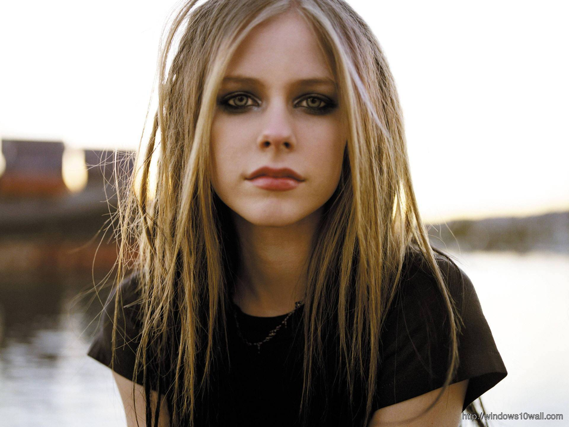 Avril Lavigne celebrity Wallpaper hd
