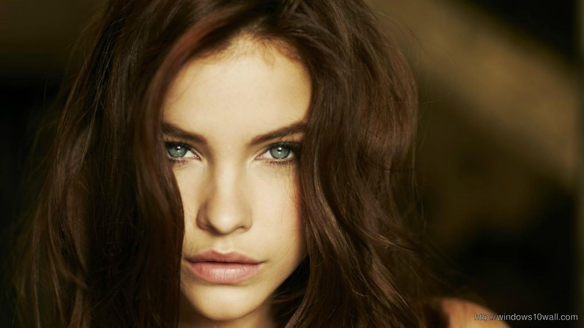 Barbara Palvin Face Wallpaper