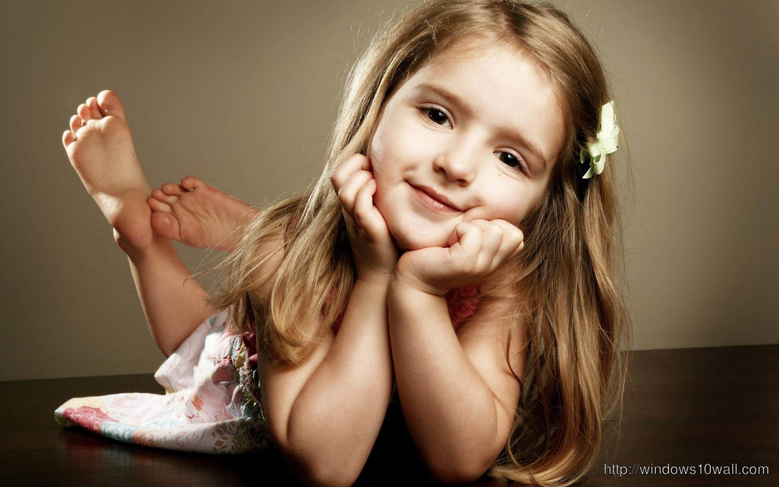 So Sweet Cute Baby Girl Wallpaper