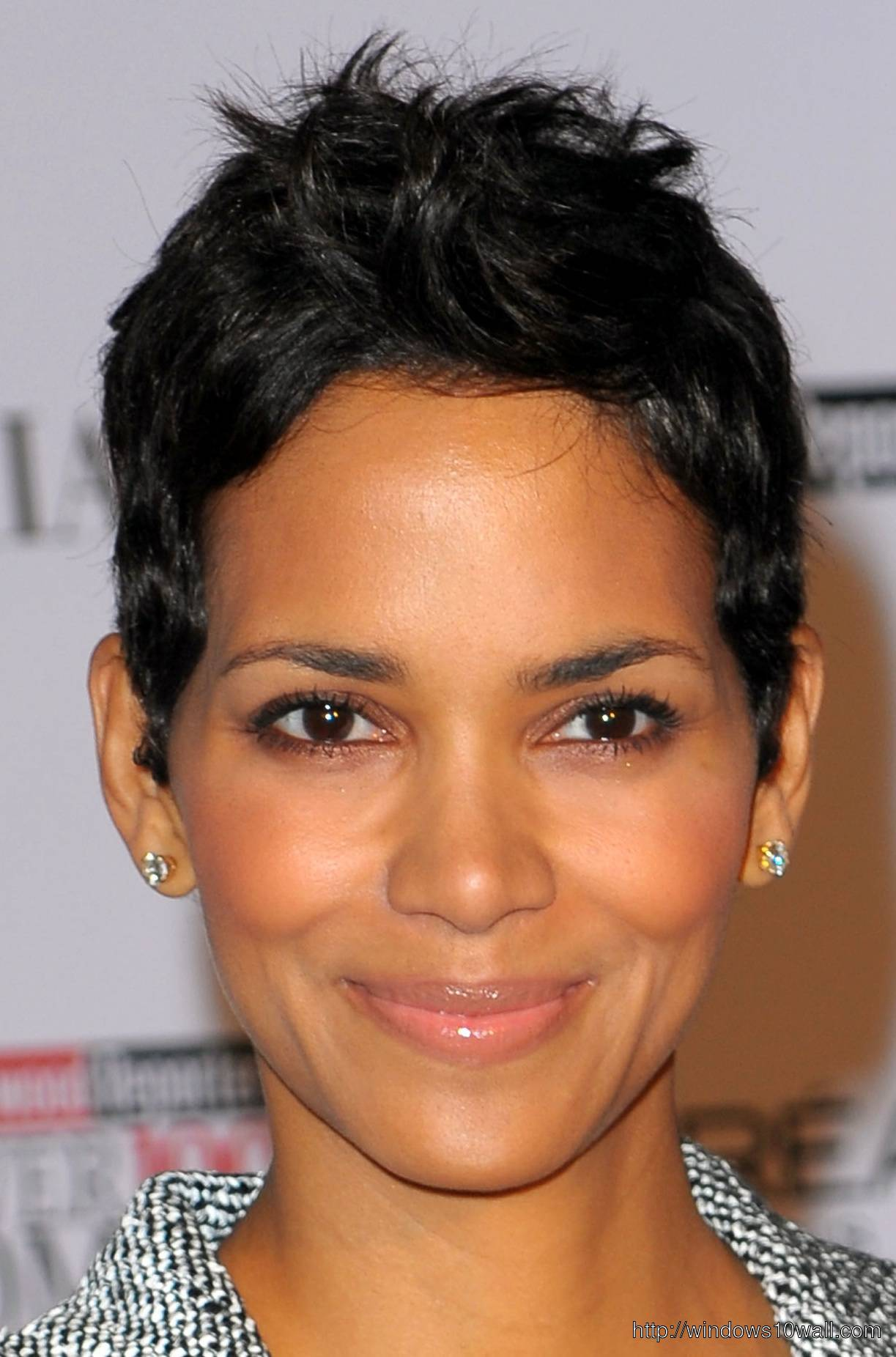 Halle Berry Short Hairstyles Picture
