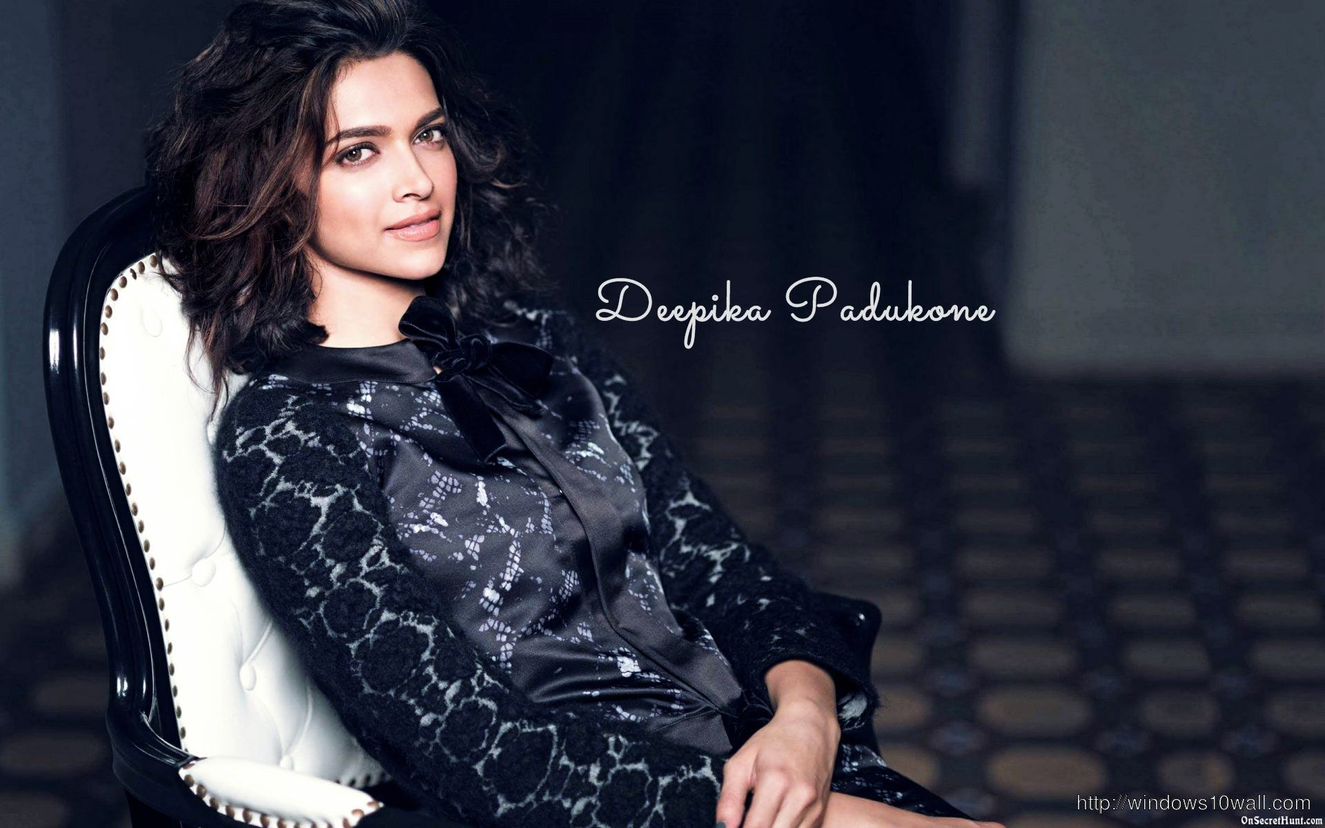Sitting Backg Relaxing Deepika Padukone Wallpaper