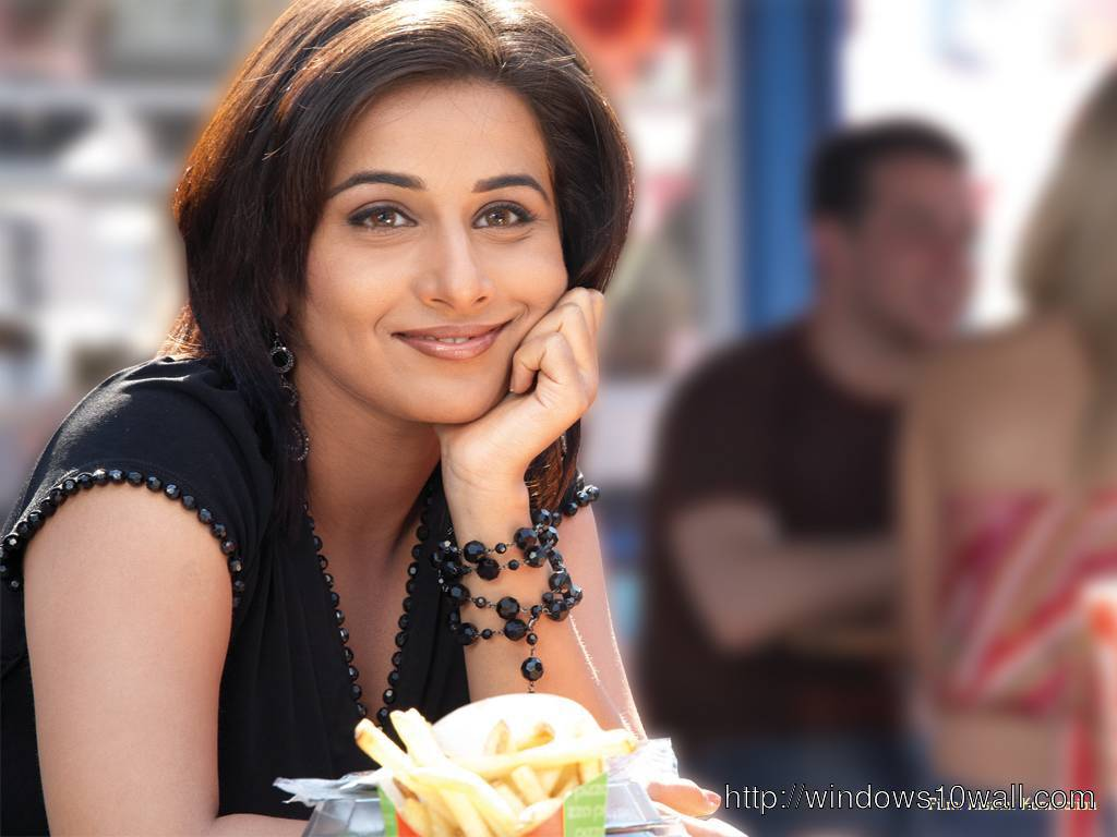 Bollywood Acress Vidya Balan Background Wallpaper