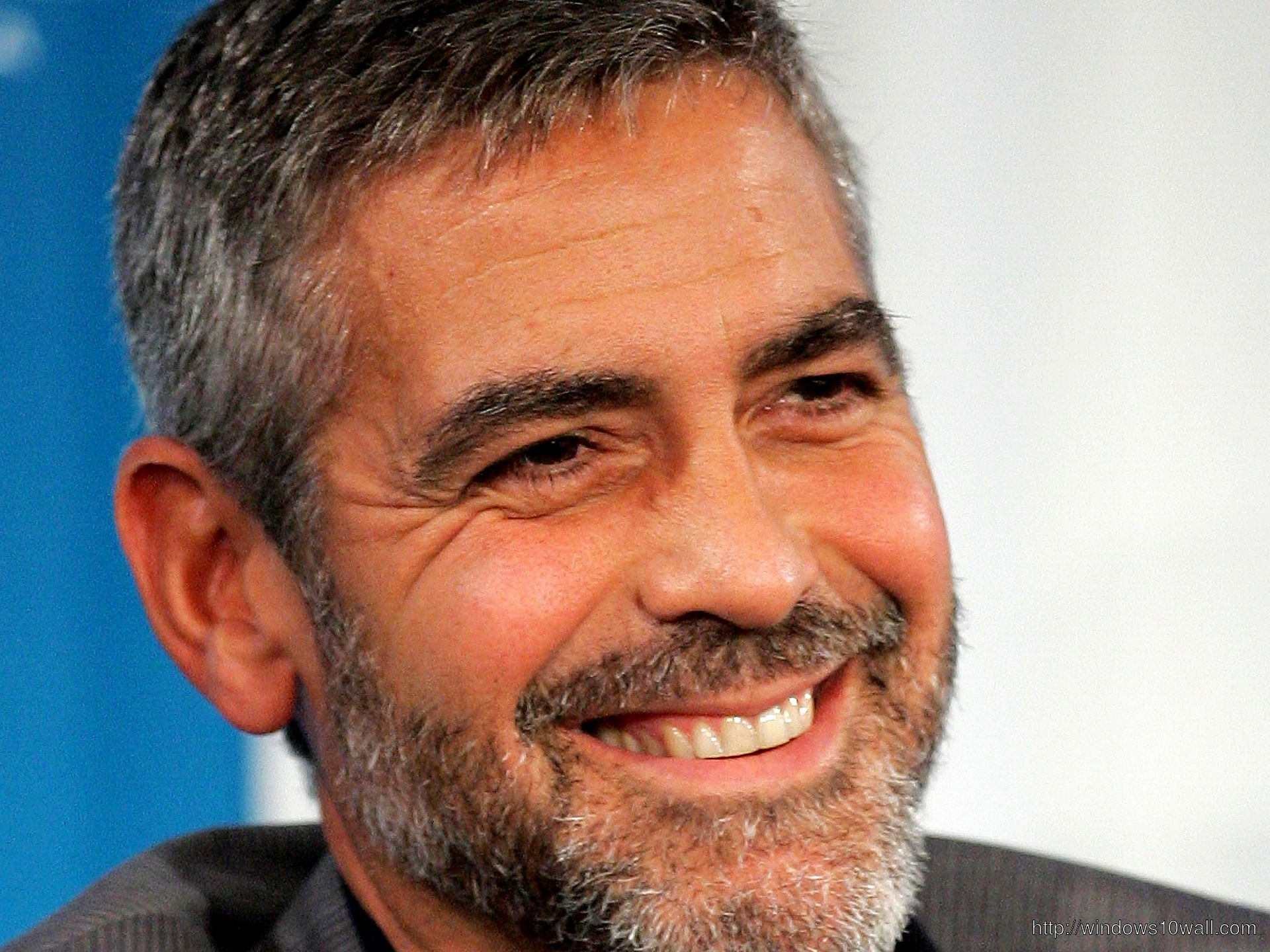 George Clooney Smiling Wallpaper