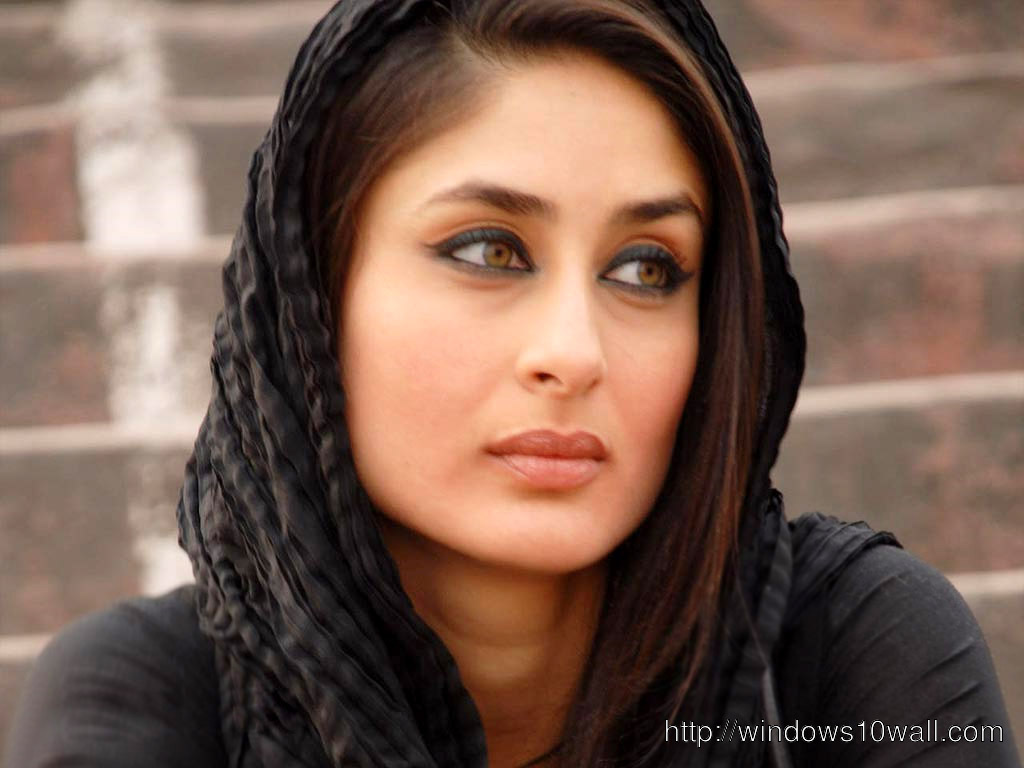 Bollywood Actress Kareena Kapoor Wallpaper
