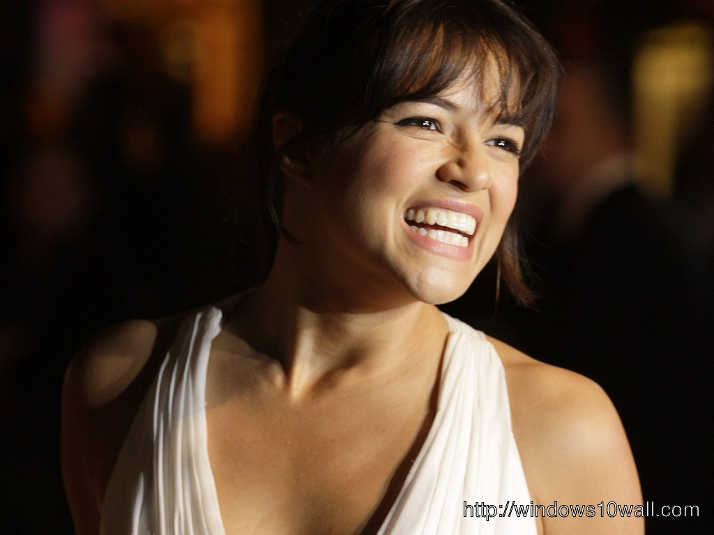 Michelle Rodriguez Laughing Out Loud Wallpaper