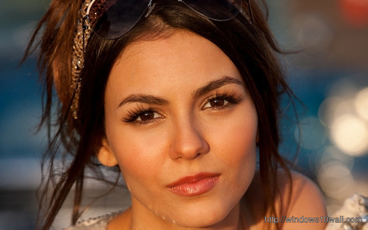 New Victoria Justice HD Hot Background Wallpaper