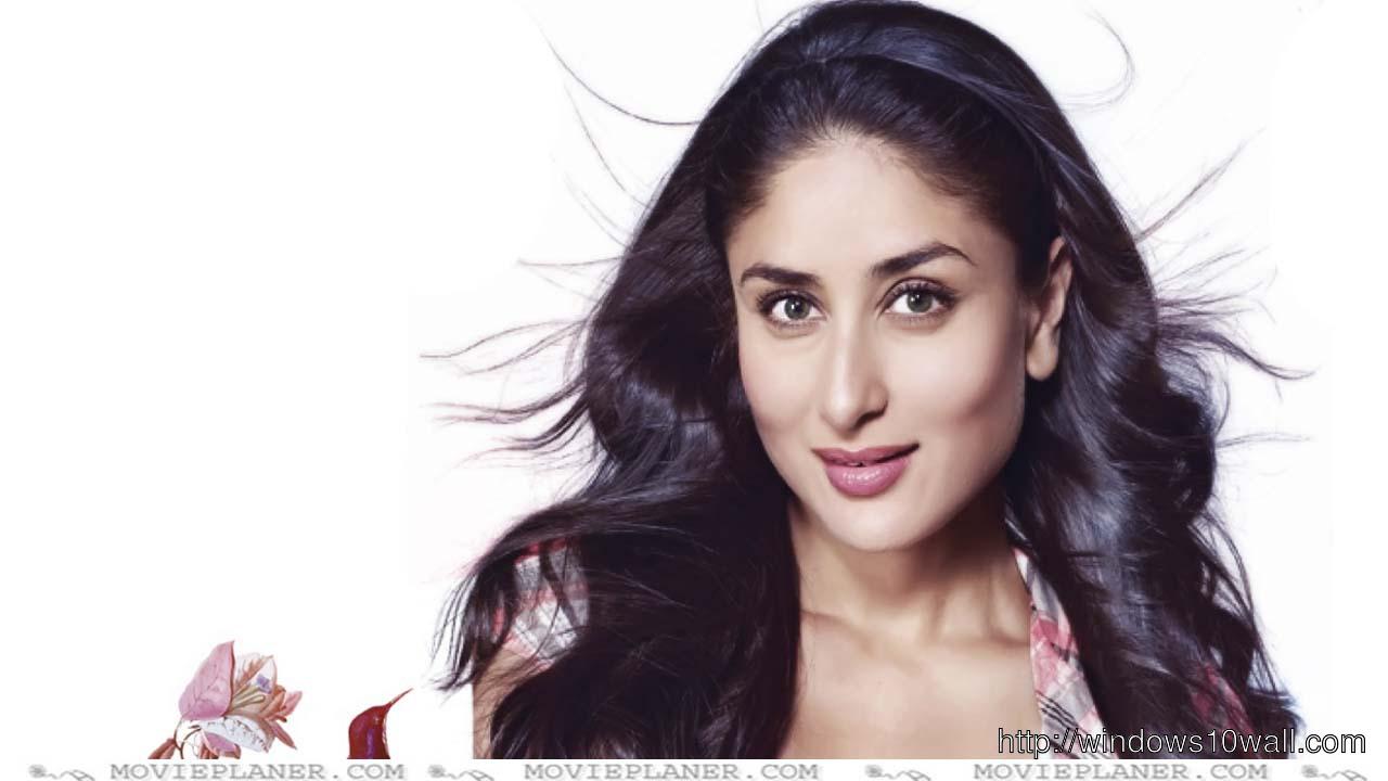 Kareen Kapoor Nick Name is Bebo Wallpaper