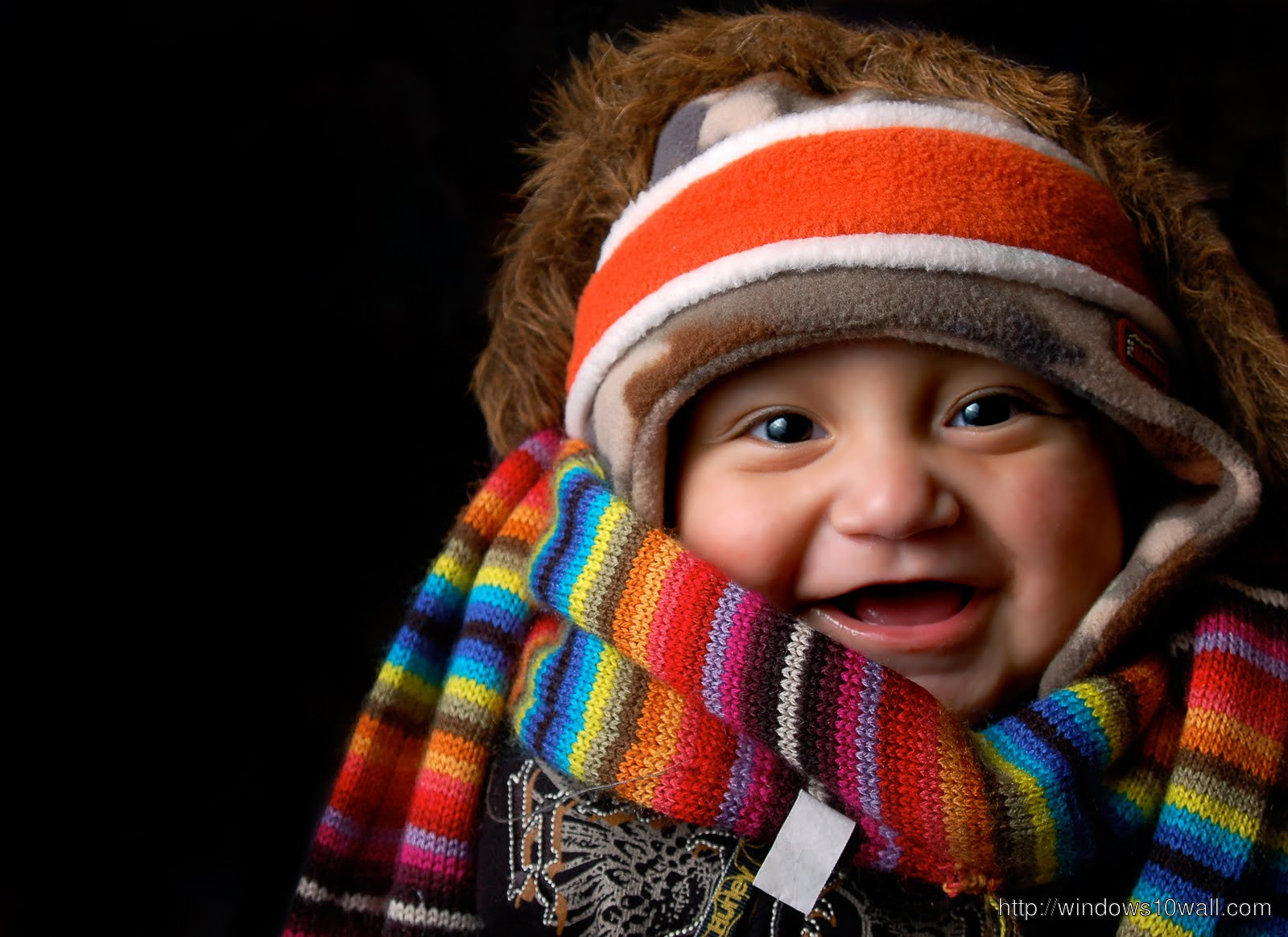 Sweet Little Baby Laugh out Loud Picture
