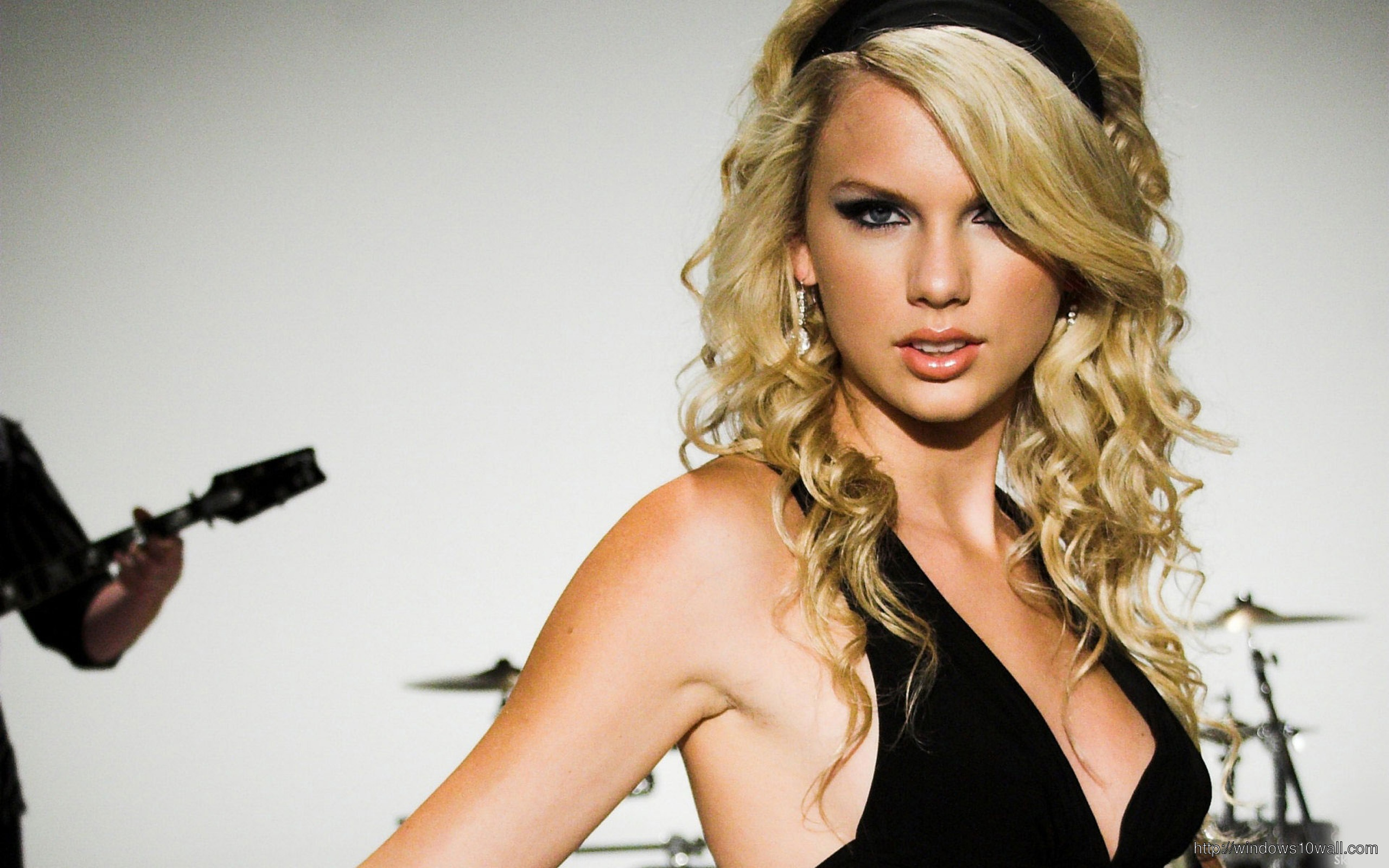 Taylor Swift Very Hot Wide Background Wallpaper