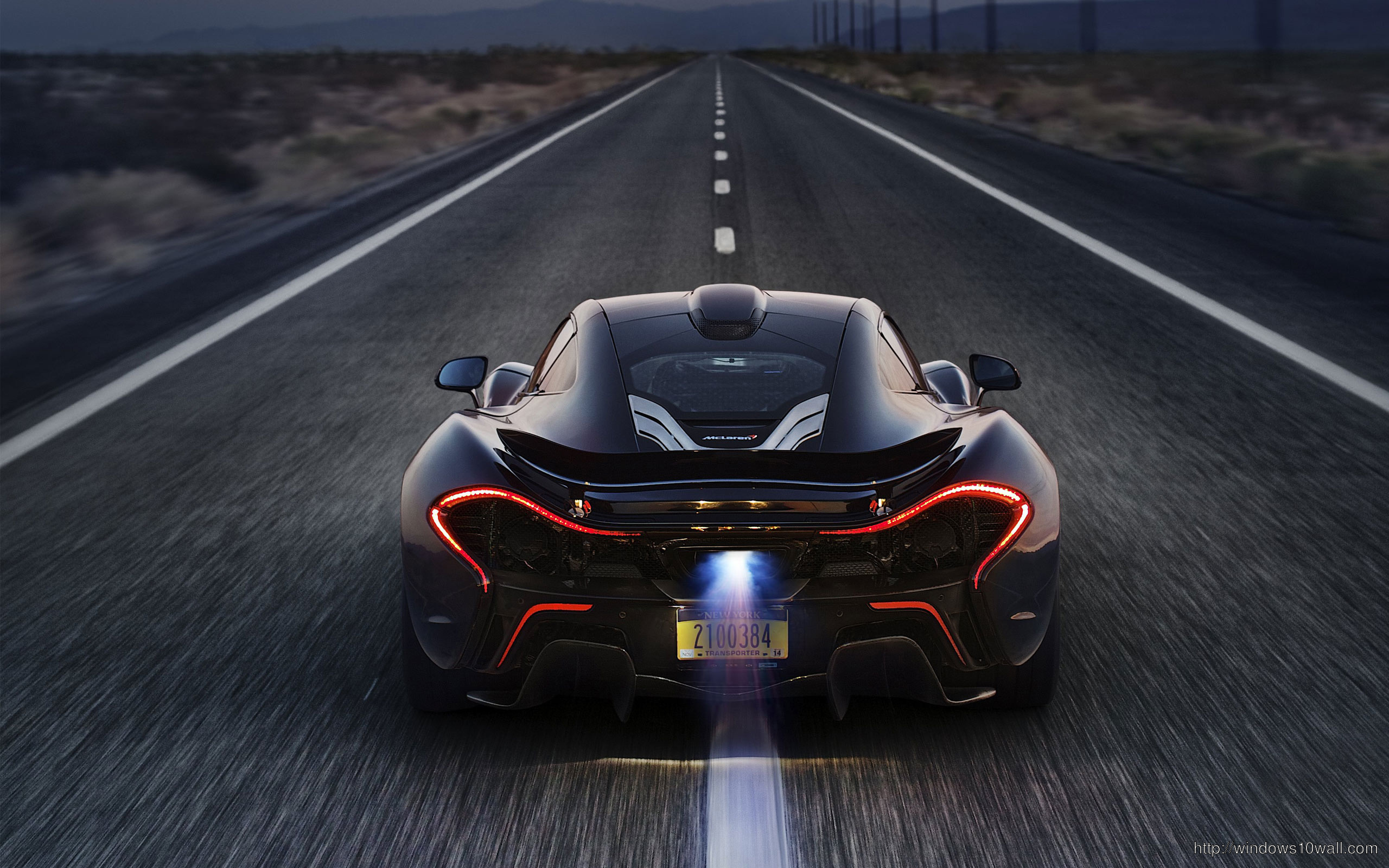 On Road Stunning McLaren P1 2014 Background Wallpaper