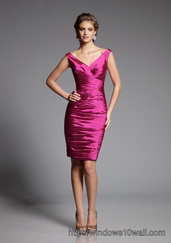 Ladies Evening Cocktail Dress in Pink