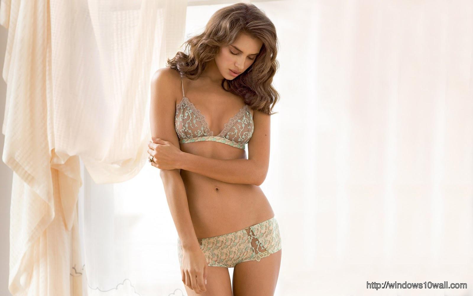 Sexy girl wallpaper