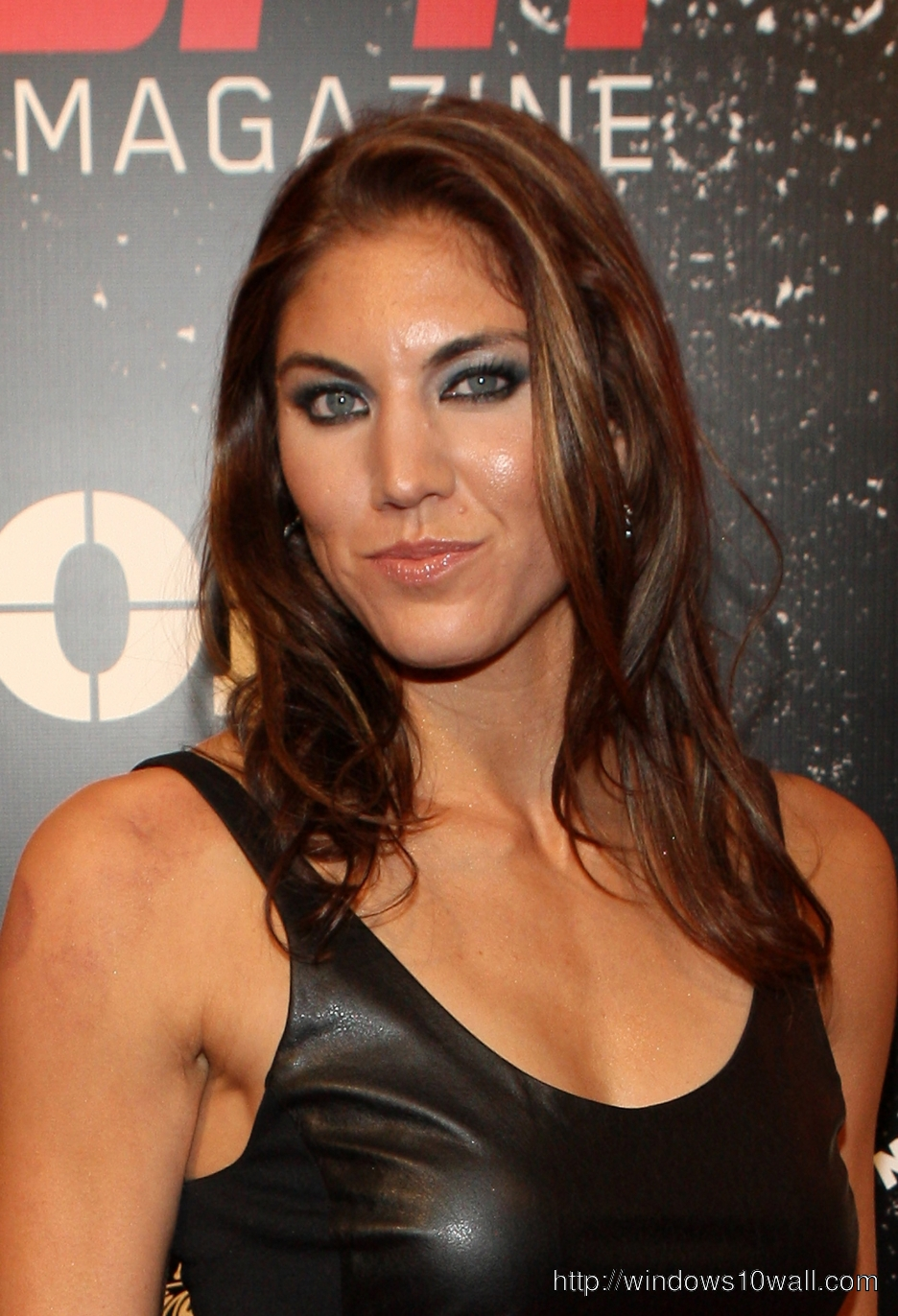 Hope Solo Mobile Pic
