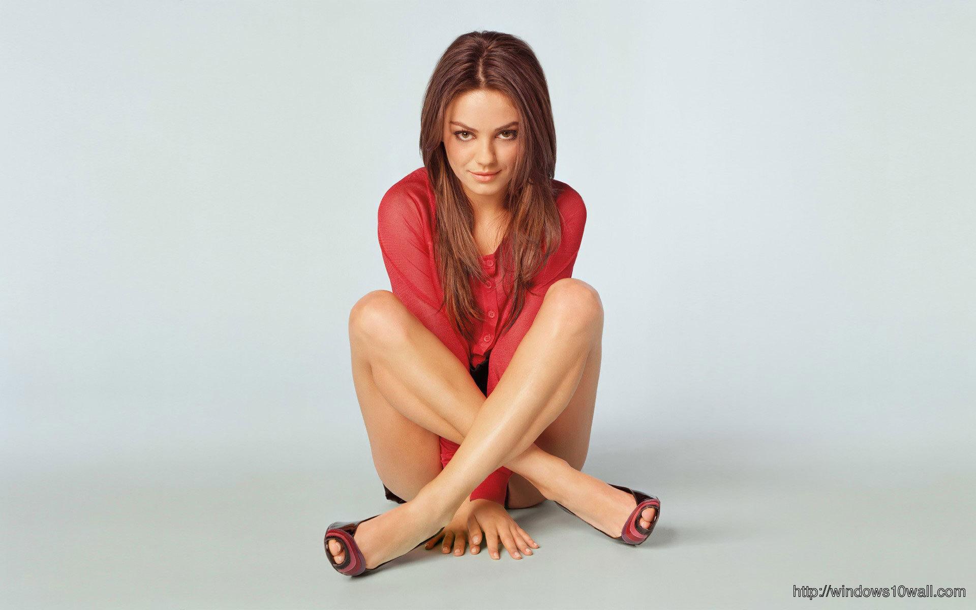 Beautiful-Mila-Kunis-HD-Free-Wallpaper