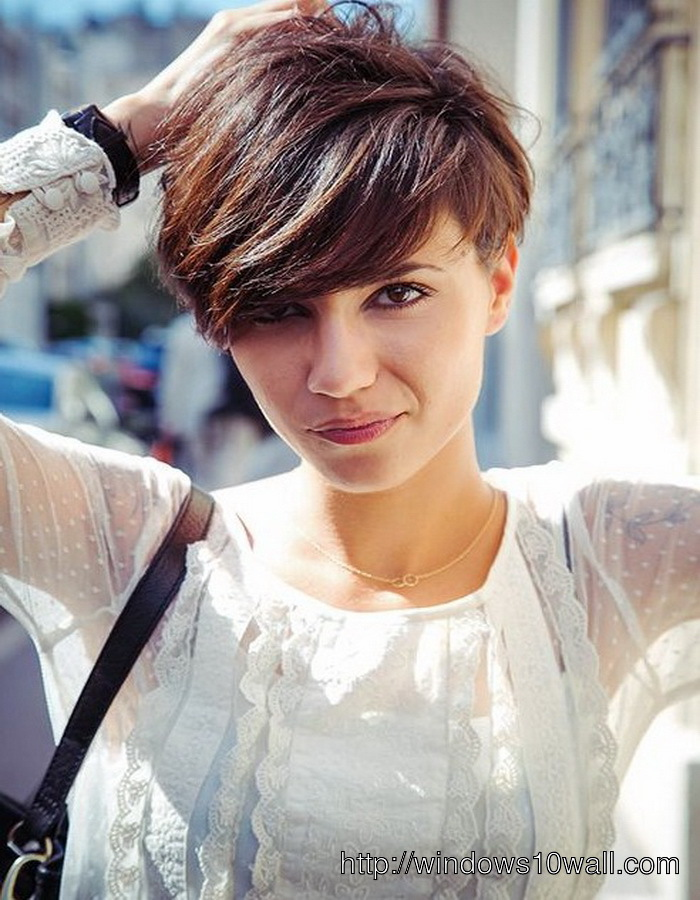 Cute Layered Short Hairstyle Ideas With Bangs