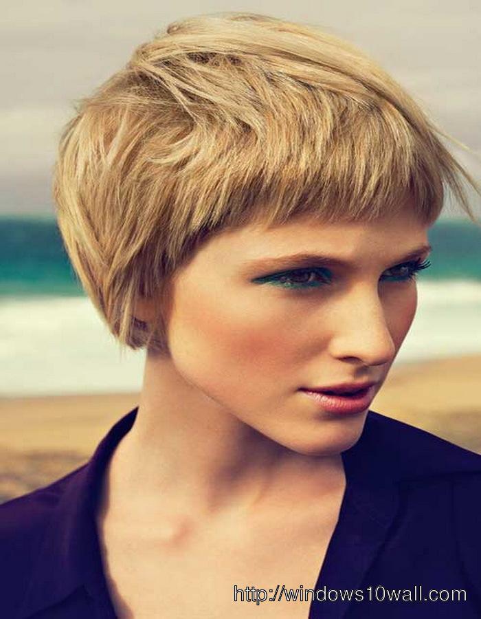 Cute-Short-hairstyle-ideas-for-Thick-Hair