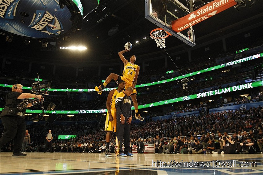 Paul-George-Dunk-On-Surpass-Reggie-Miller