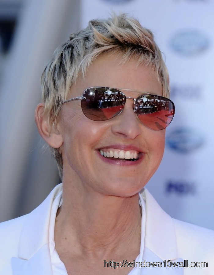 Short Pixie Hairstyle Ideas For Women Over Age 50