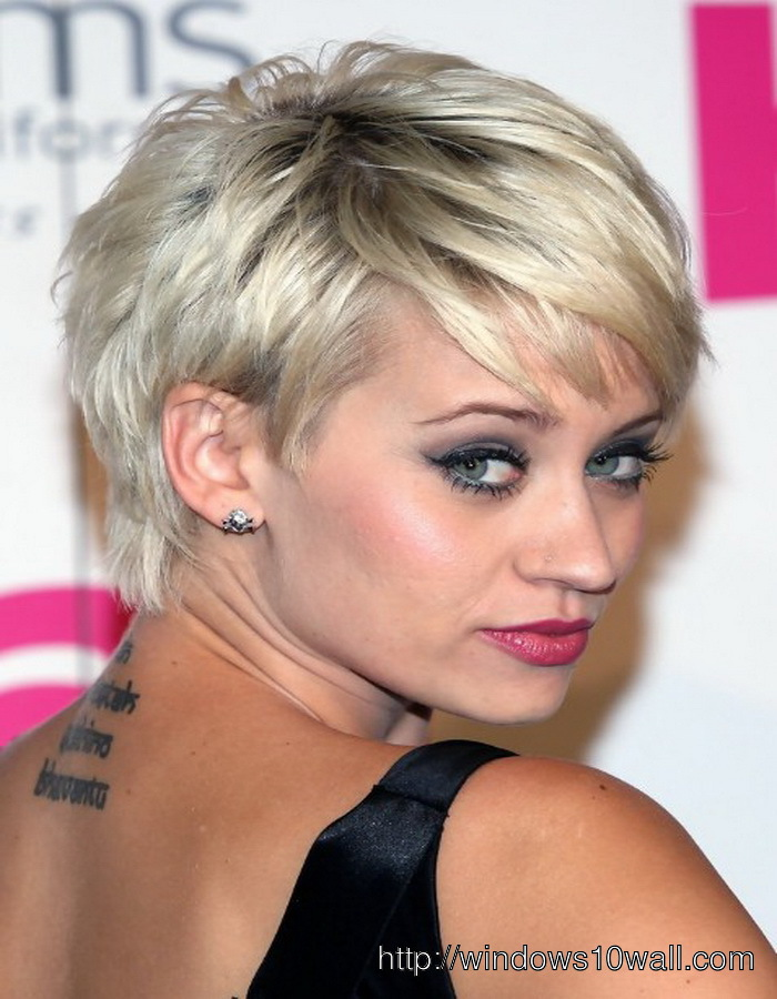 Short-hairstyle-ideas-For-Women-With-Round-Faces-And-Thick-Hair