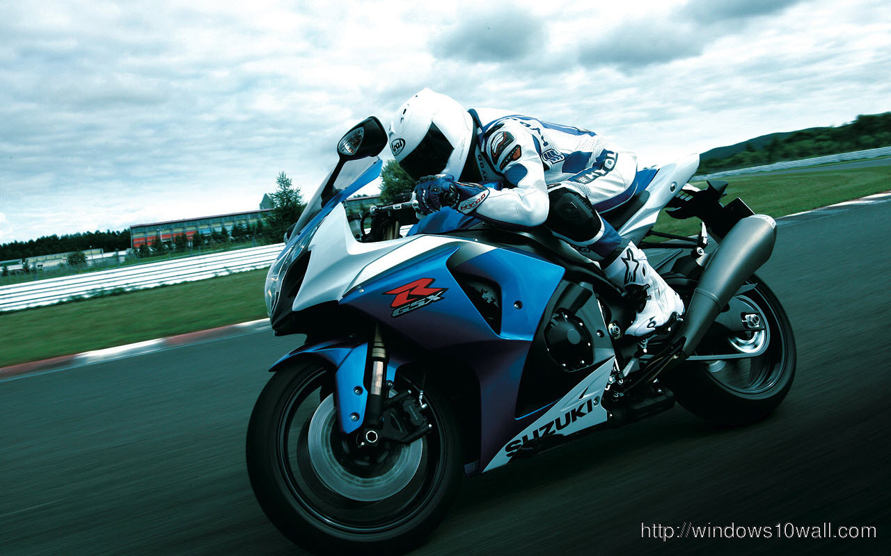 Suzuki-Gsx-R1000-Action-Bike-Wallpaper
