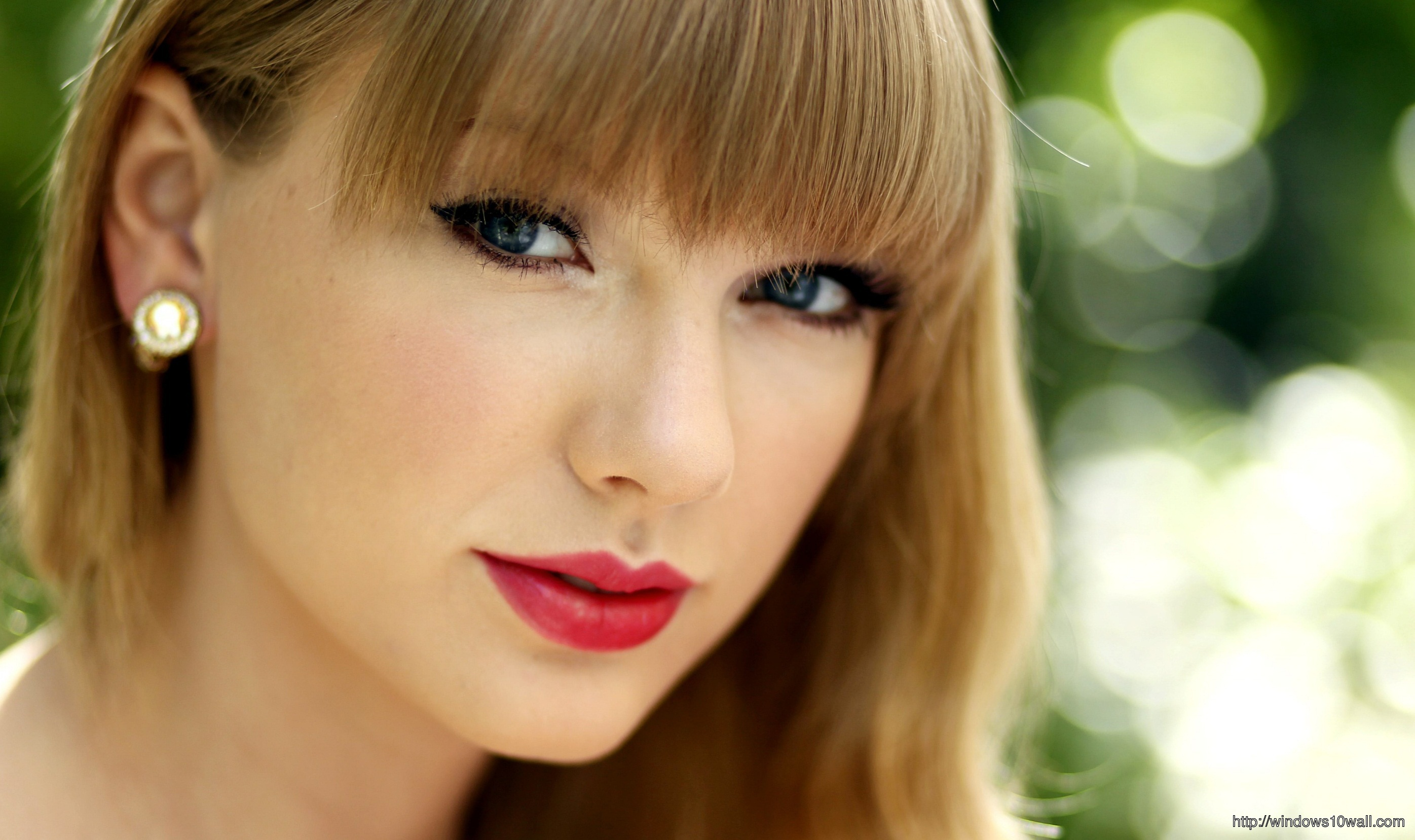 Taylor-Swift-2014-Hairstyle-Wallpaper