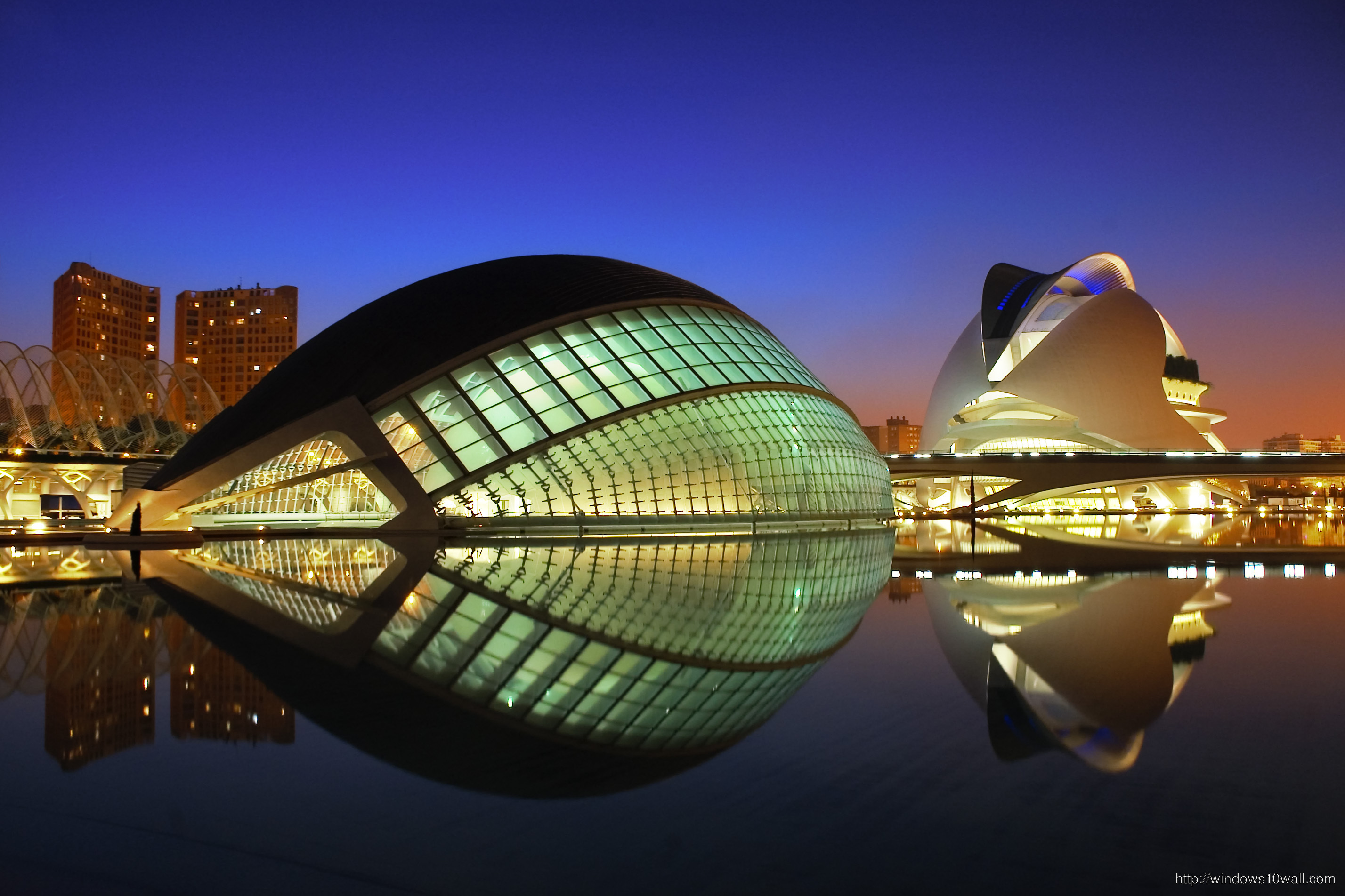 city-of-art-and-sciences-in-valencia-spain-wallpaper