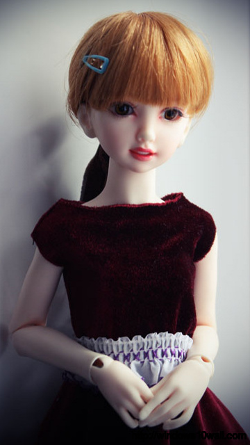 Latest Classic Black Dress Doll Wallpaper for mobile