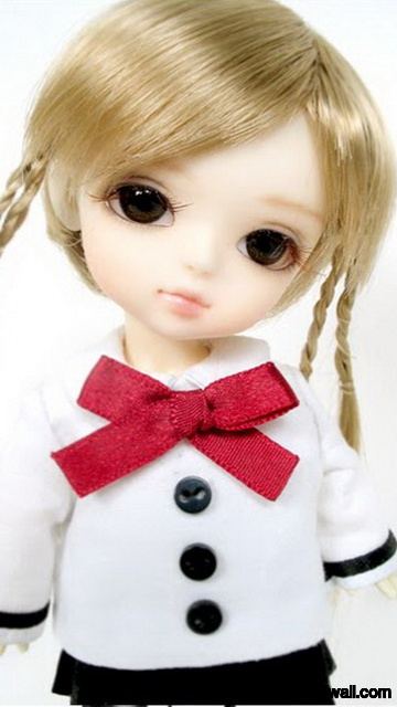 Latest White Doll with Golden Hairs for Girls Mobile Wallpaper