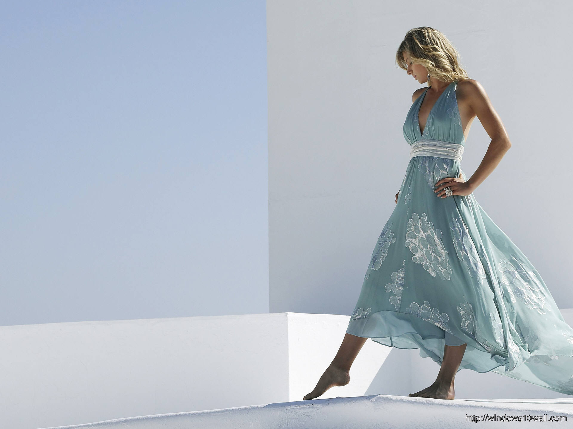 maria kirilenko cool background wallpaper