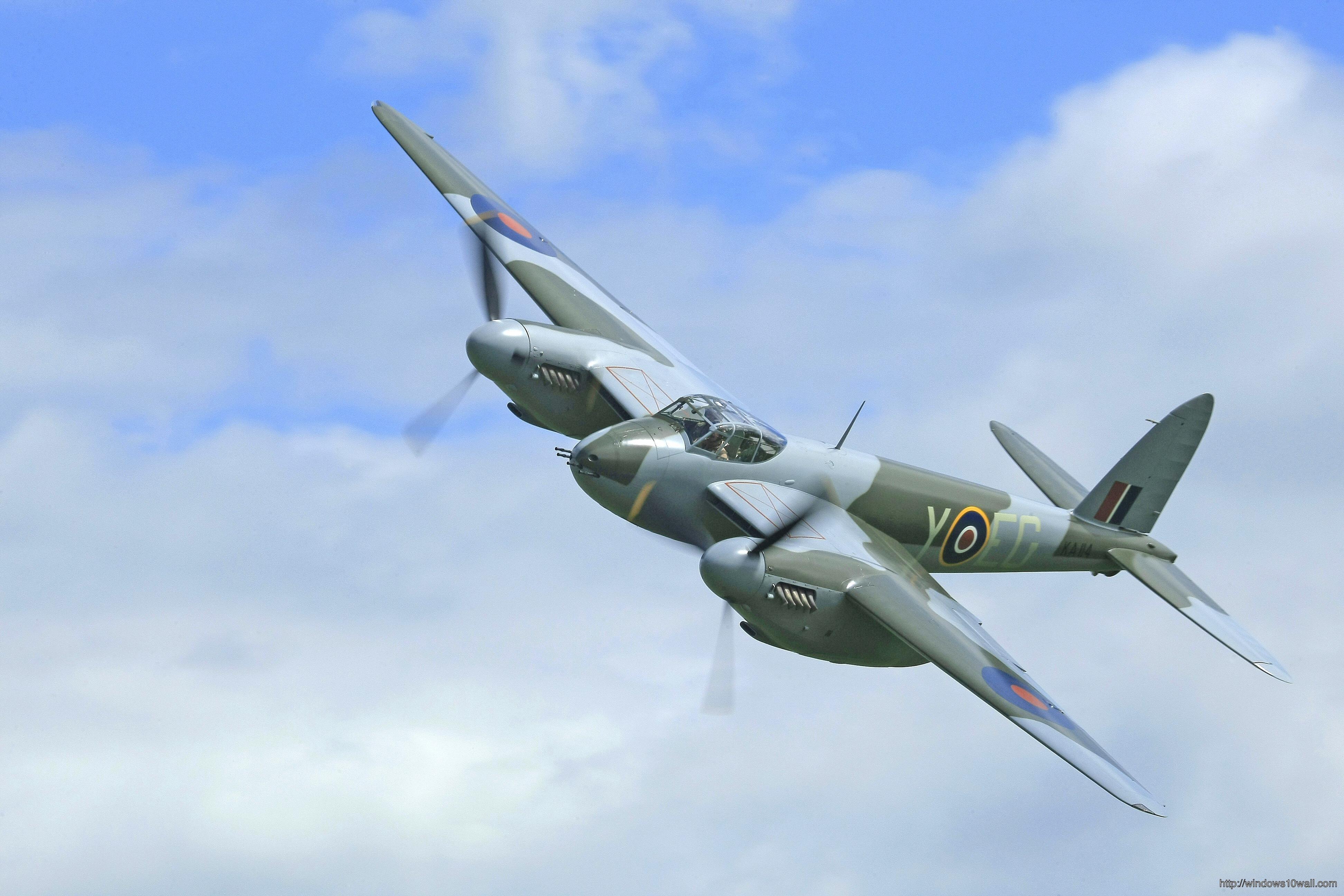 mosquito-plane-plane