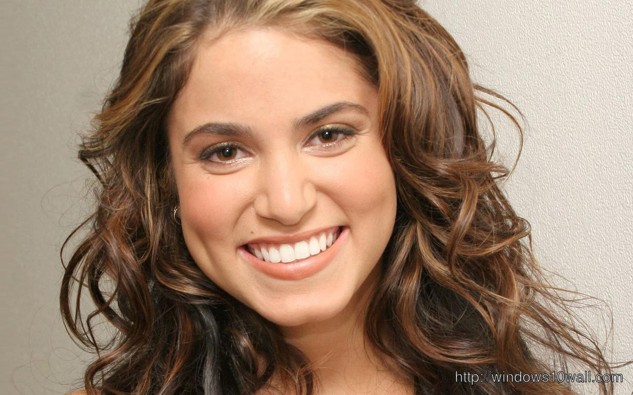 nikki reed laughing out louad pic