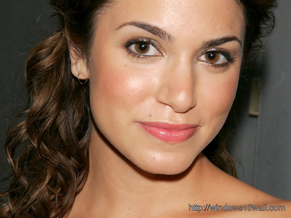 Nikki Reed Pink Lips Wallpaper