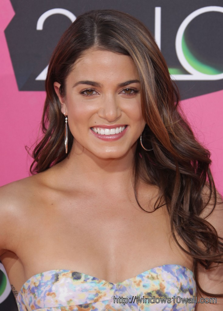 Nikki Reed sexy hairstyle Ideas