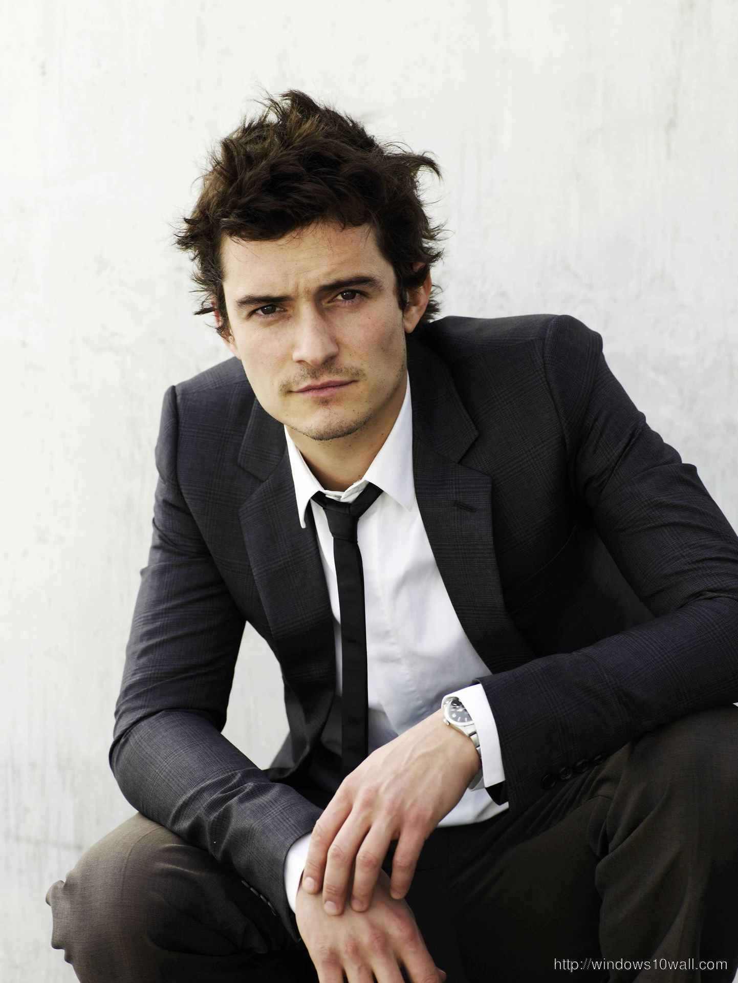 Orlando Bloom Mobile iPhone Wallpaper