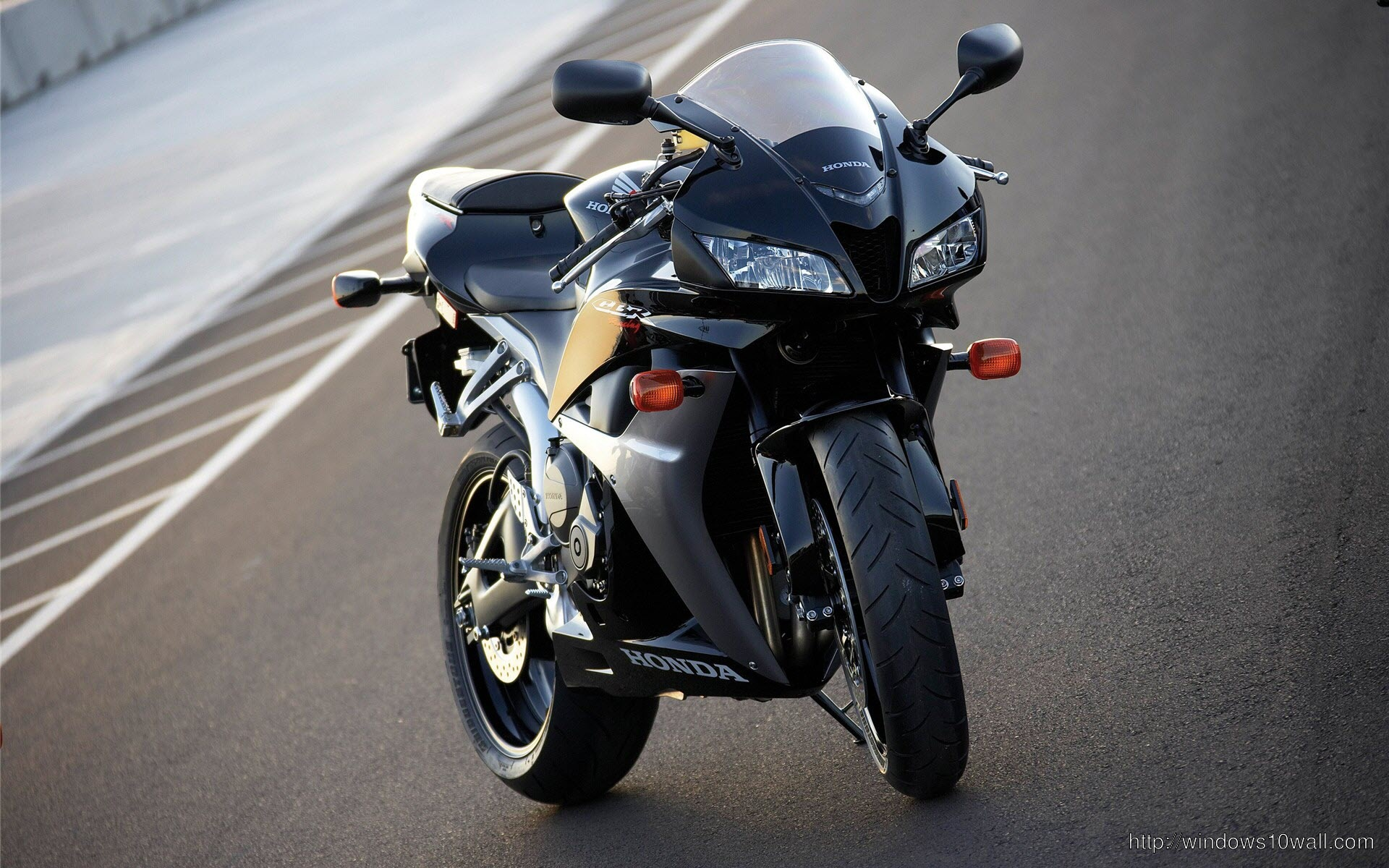 honda-cbr-600rr-road-bike
