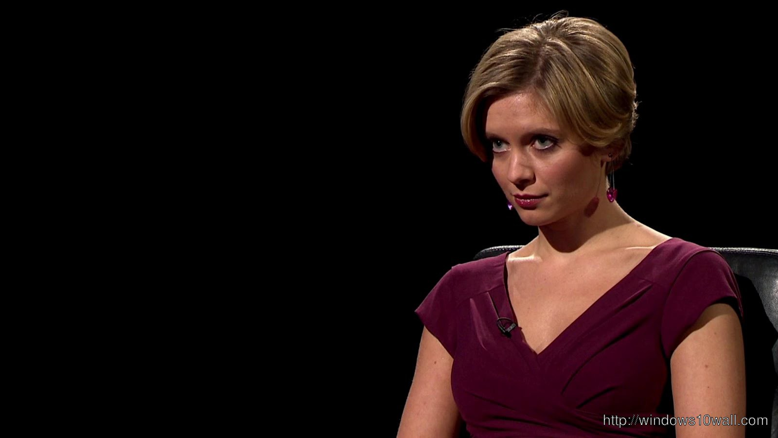 Rachel Riley in Black Background Wallpaper