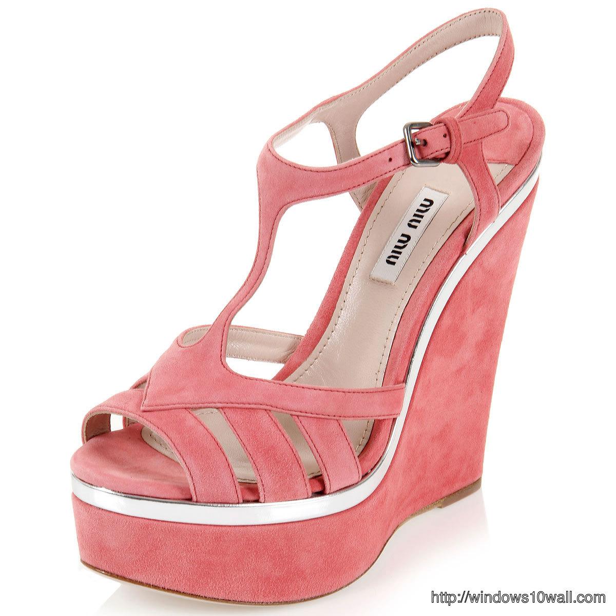 Pink-Miu-Miu-Suede-Wedge-Sandals-background-wallpaper